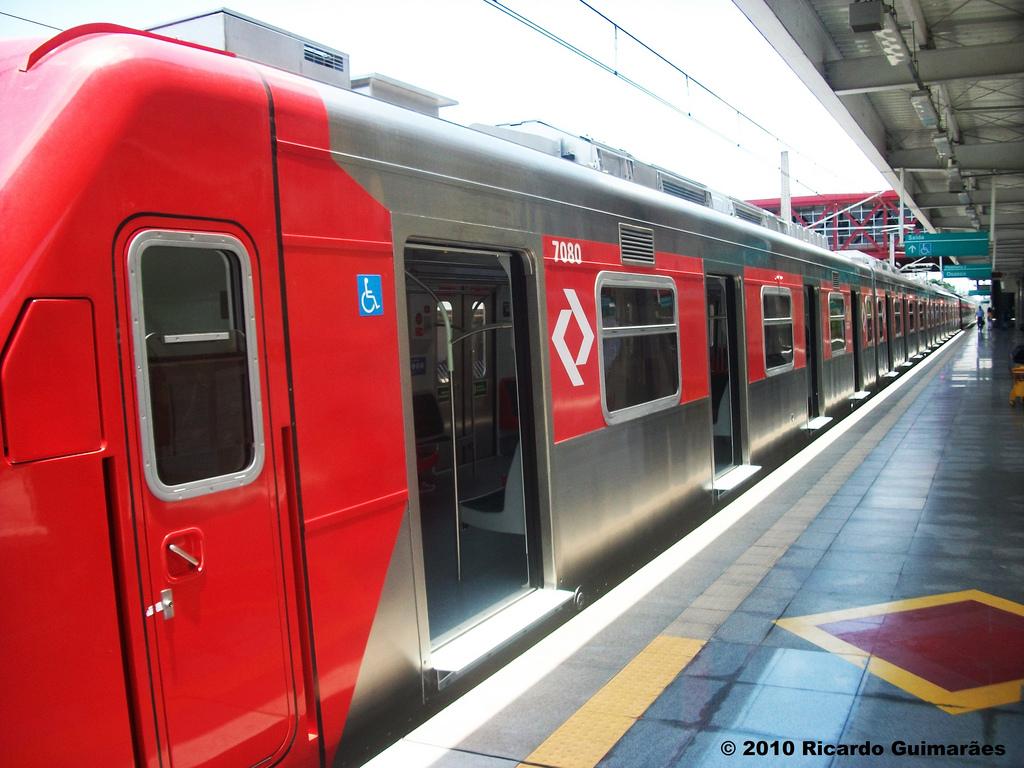 Há 5 min da Estação Grajaú da Linha Esmeralda